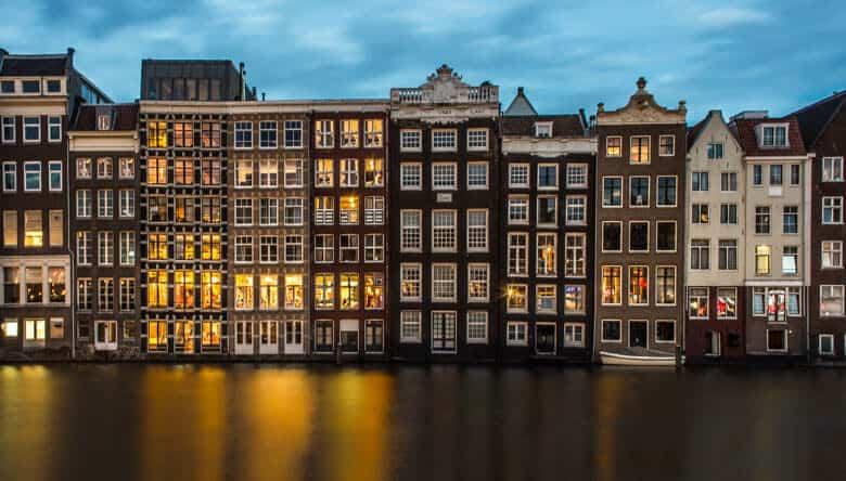 night shot amsterdam