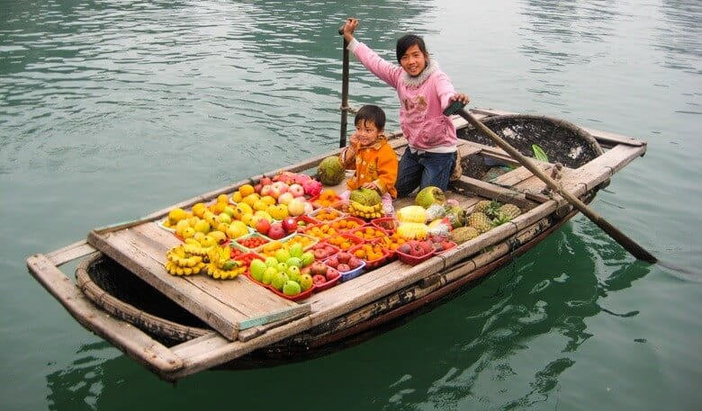 Children Selling Fruit Vietnam