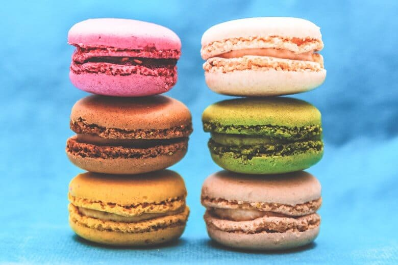 8 must buy souvenirs in france alienchris macarons urmus Image collections
