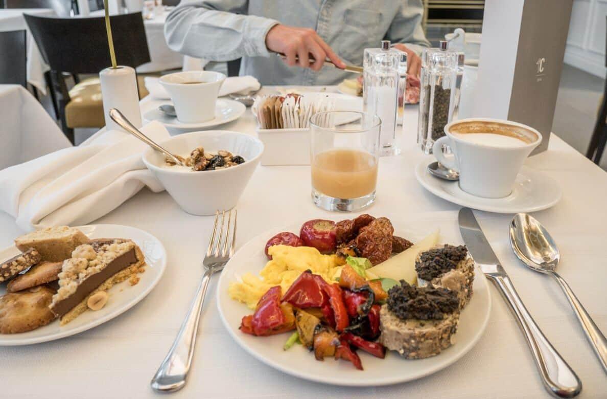Palazzo Castri Hotel Breakfast
