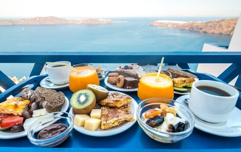 breakfast santorini