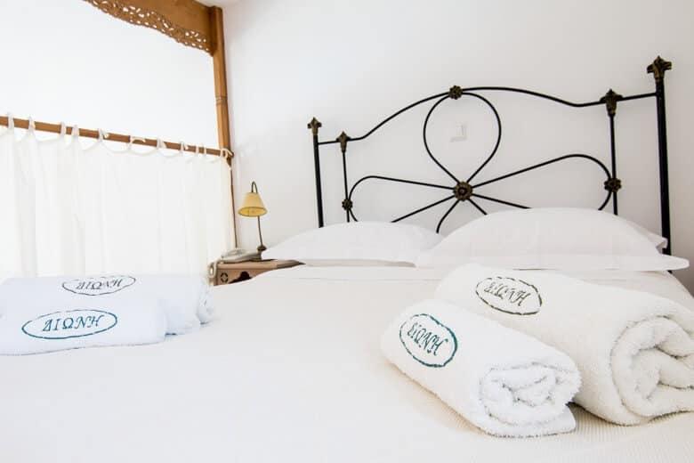 Skyros hotel room