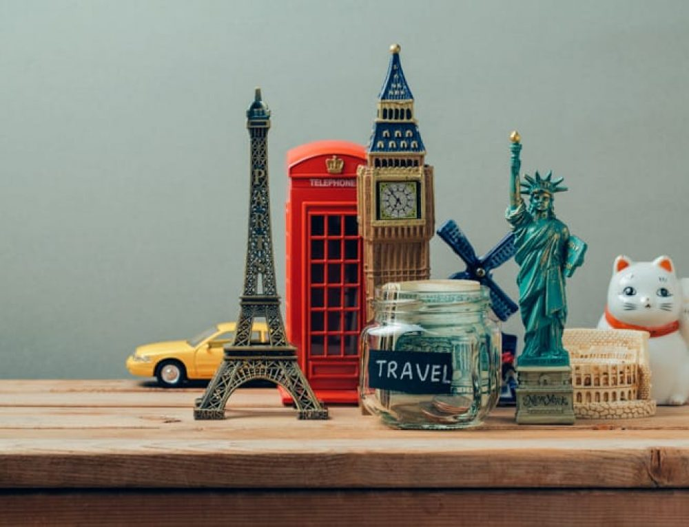 10 Souvenir Ideas when Traveling Abroad