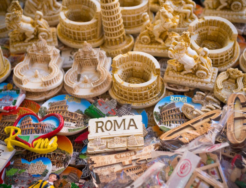 Rome Souvenirs: 10 Things to Buy