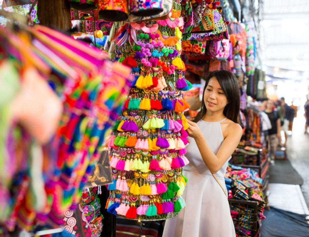 Thailand Souvenirs: 10 Things to Buy