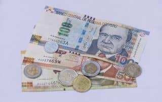 valuta peru