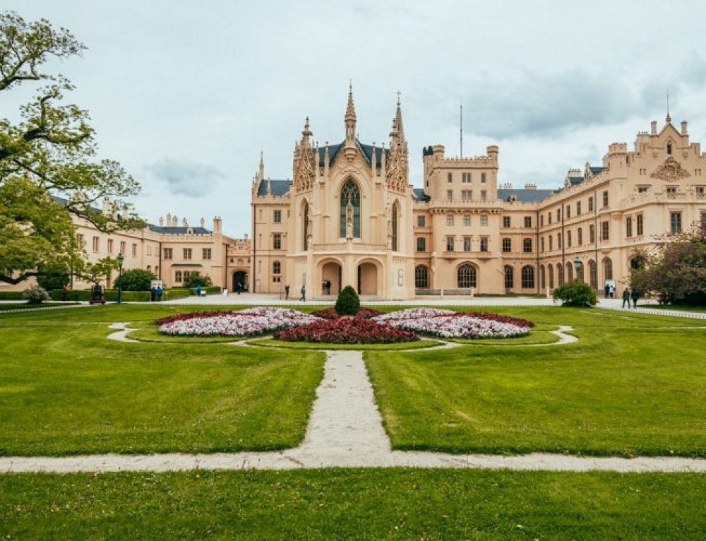 Visiting the beautiful Lednice Castle in South Moravia