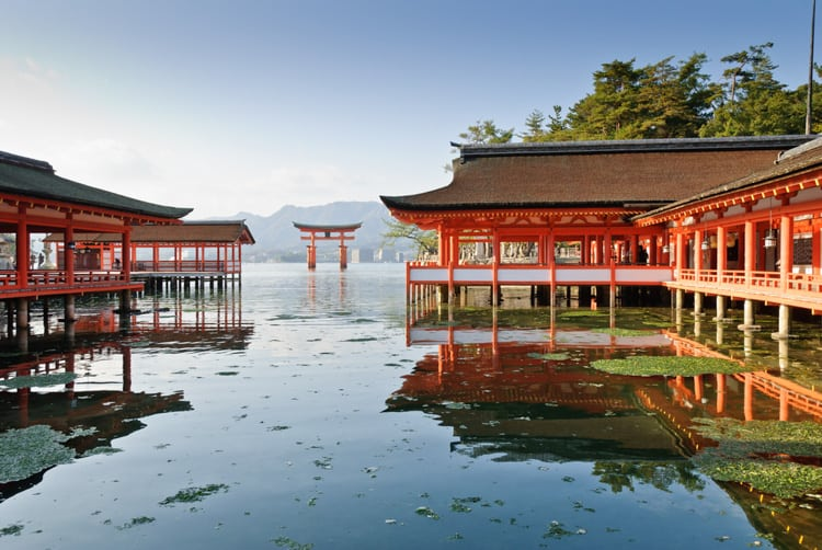 the main Itsukushima Shrine