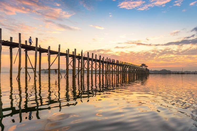 världens längsta bro av trä